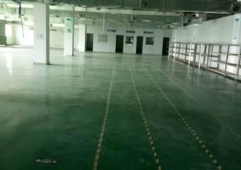 观澜大型工业园区原房东标准厂房三楼一整层出租1400平米。图片2