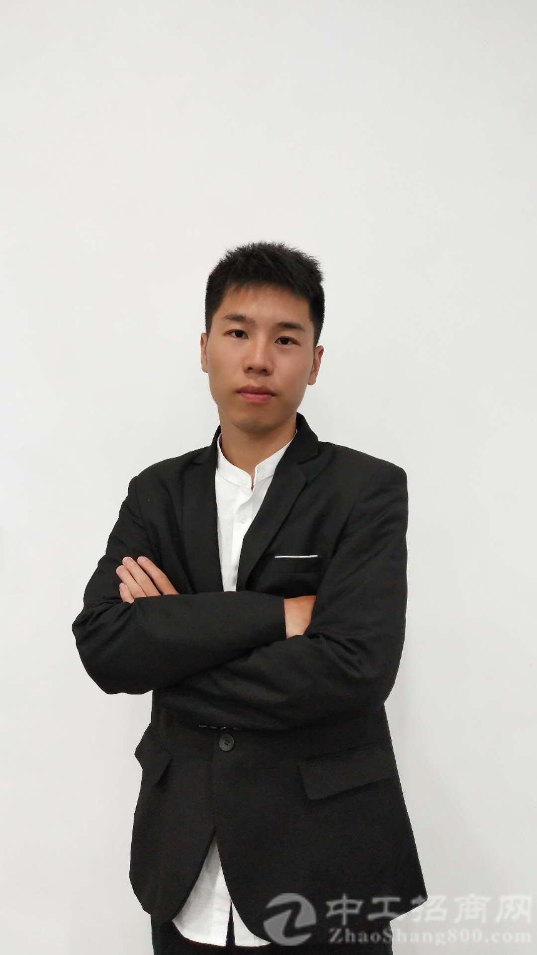 厂房经纪人冯俊