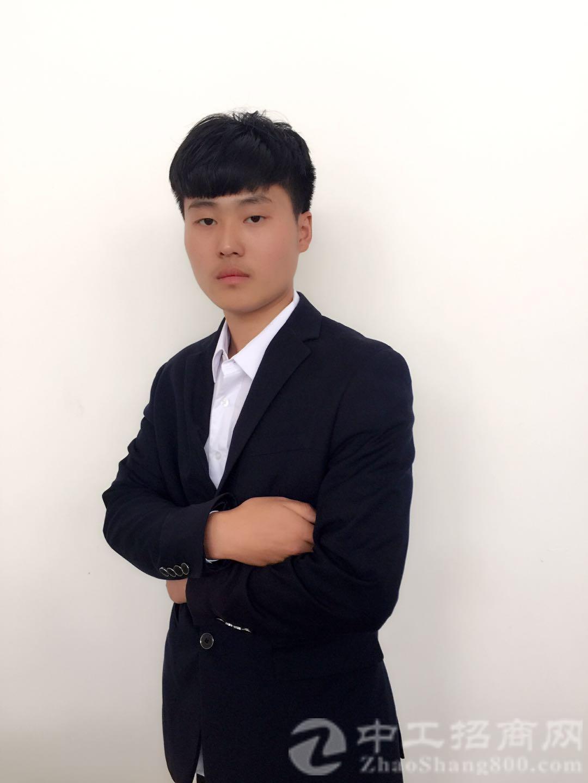 厂房经纪人尹朋春