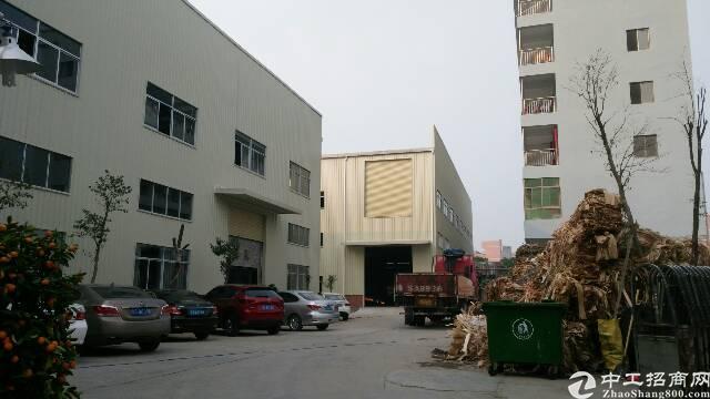 大岭山颜屋钢结构厂房2500平米