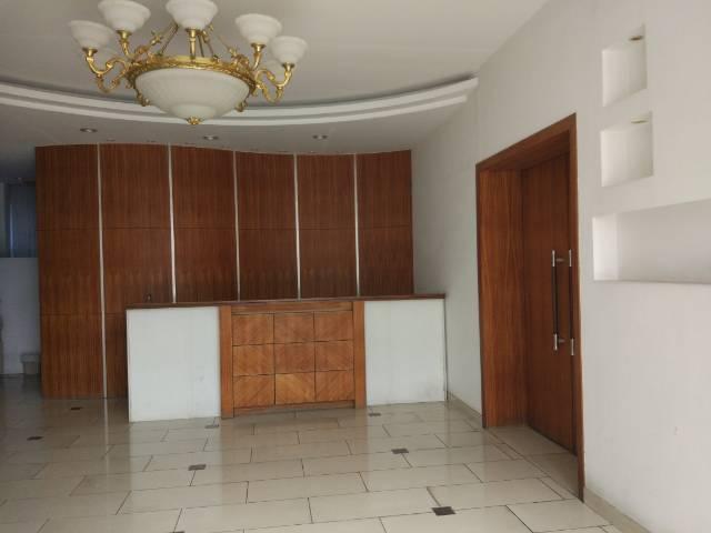 虎门新出写字楼300平方 15元现成豪华装修办公室 水电齐全