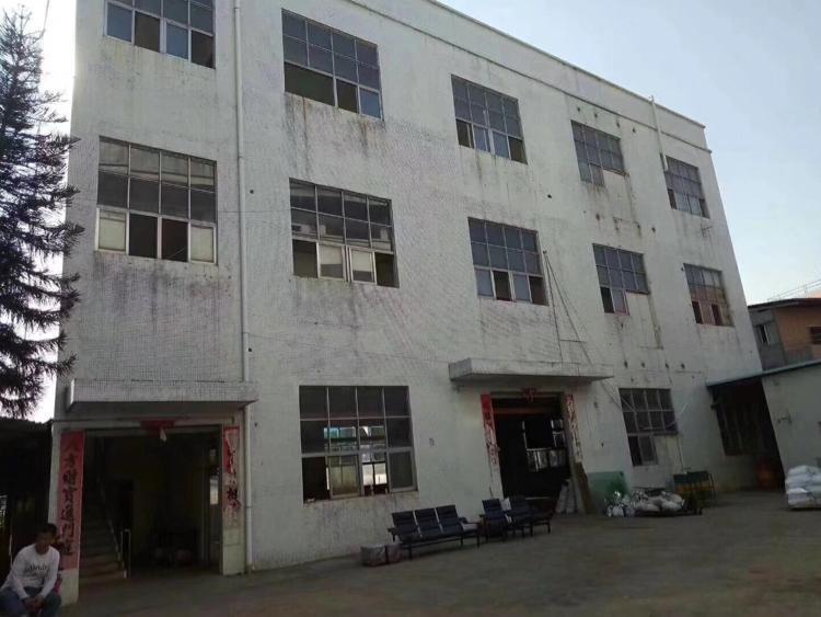 平湖广场附近带办公室装修标准厂房