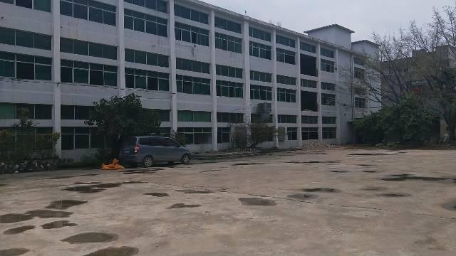 一楼准备厂房1400平米出租