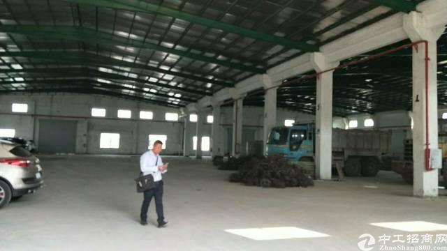 企石镇新岀实业工厂分租单一层铁皮房2800平方