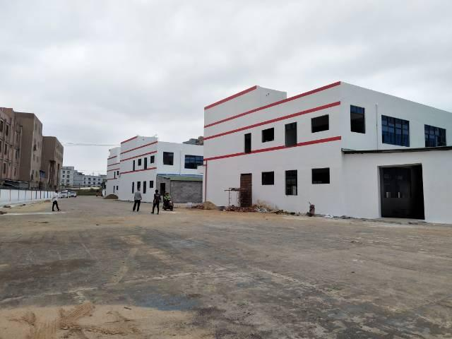 松岗大田洋附近独栋3200平标准厂房出租