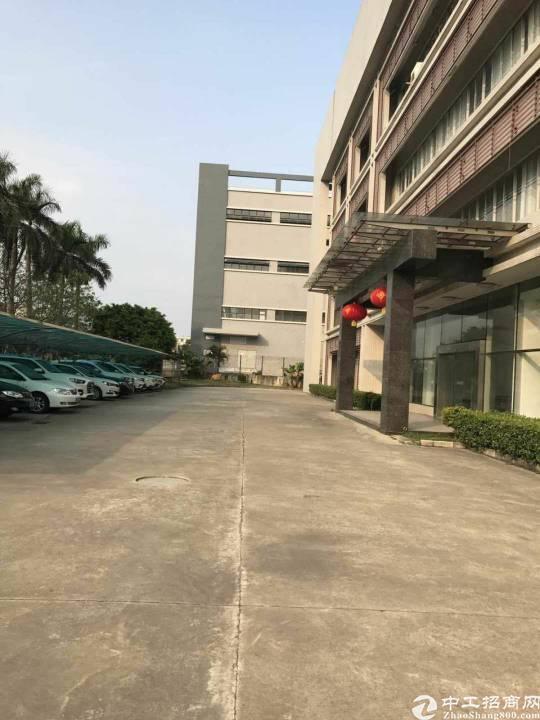 松山湖独院三层厂房13800平方出租
