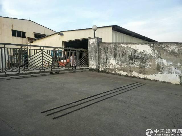 大岭山高速路口旁新出单一层独院厂房3100平方出租