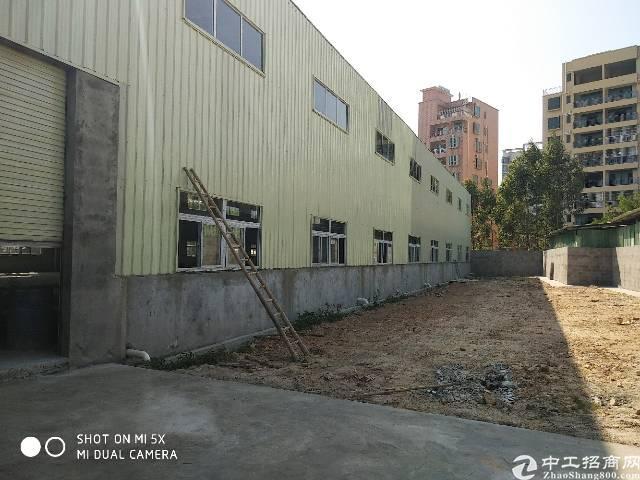 坪山新出独院钢构4000平中间无柱子带喷淋可分租