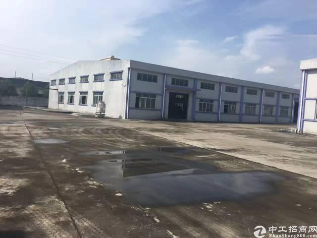 寮步镇单一层厂房5700平方,宿舍2000平方。电315千瓦