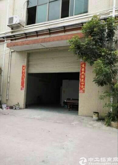 谢岗标准厂房400平一楼招租,高5.3米。长方形宽约9米