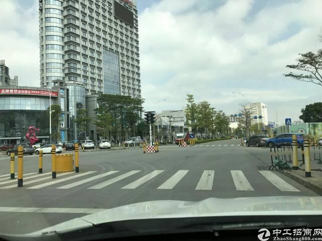 光明新区公明中心西环路边红本写字楼小面积起租
