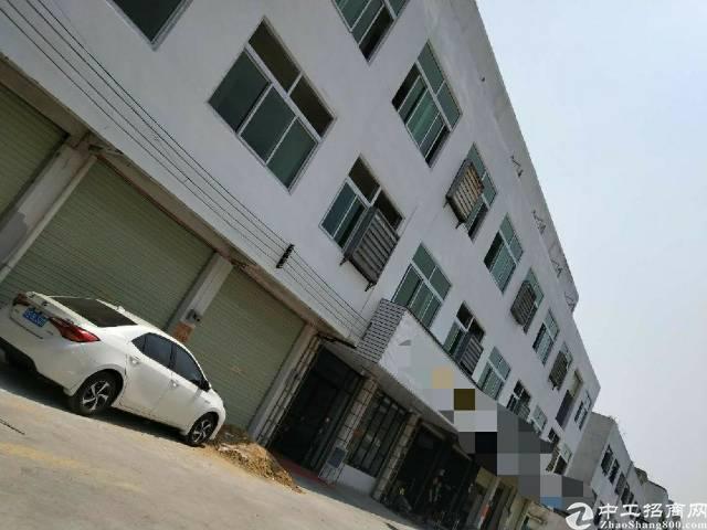 南栅独院分租2楼,带精装修,交通便利,拎包生产