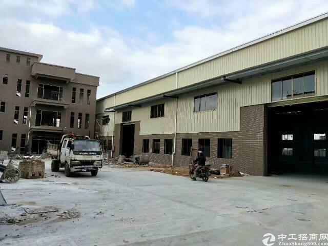 东莞市石排镇全新,全新钢结构,靠大马路,滴水10米。