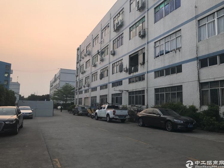 清湖地铁站附近10000平厂房招租面积实在