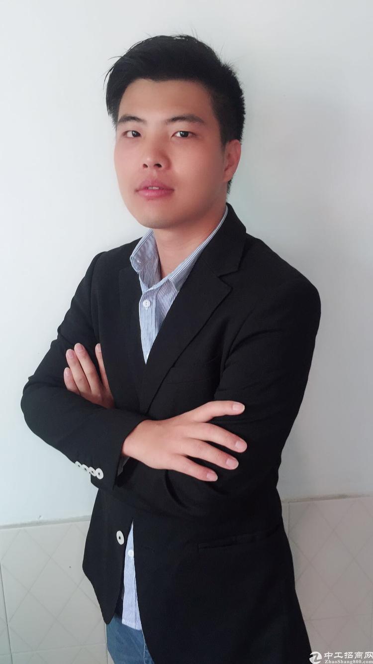 厂房经纪人陈仕东