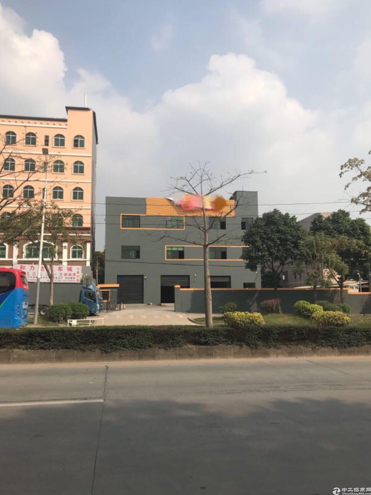观澜清平高速马路旁独栋厂房带有装修