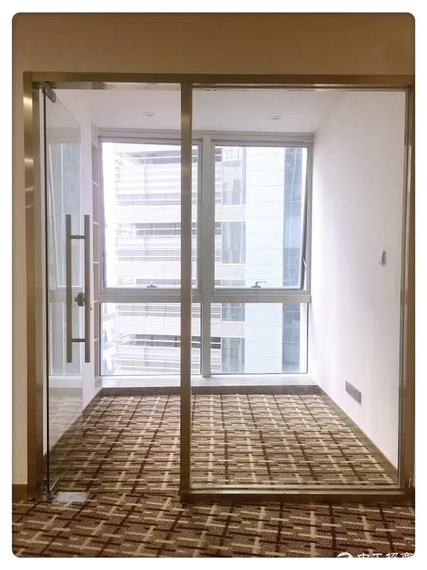 福永地铁口200平米写字楼出租