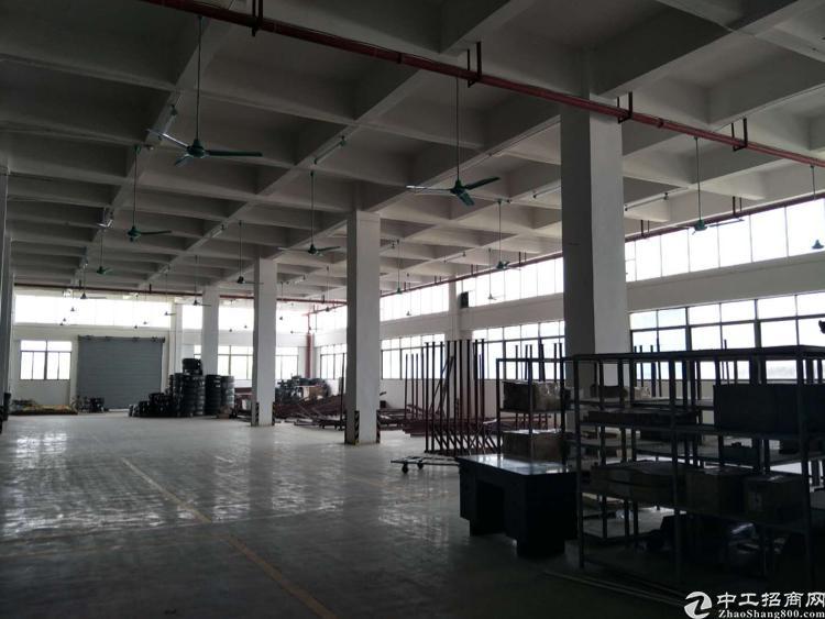 万江新和新出一楼标准厂房,交通便利,有消防喷淋