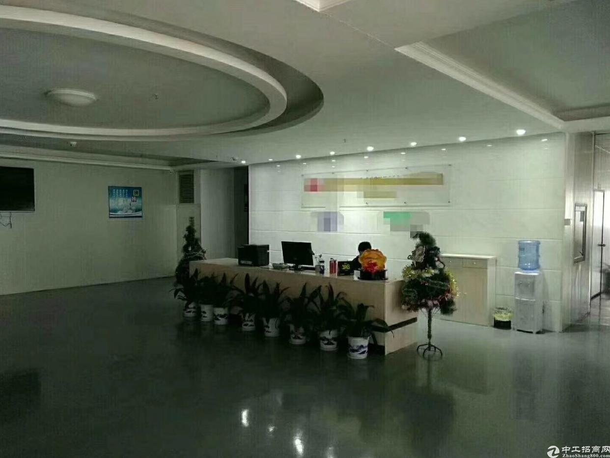 福永凤凰新出楼上3000平米带豪华装修厂房出租