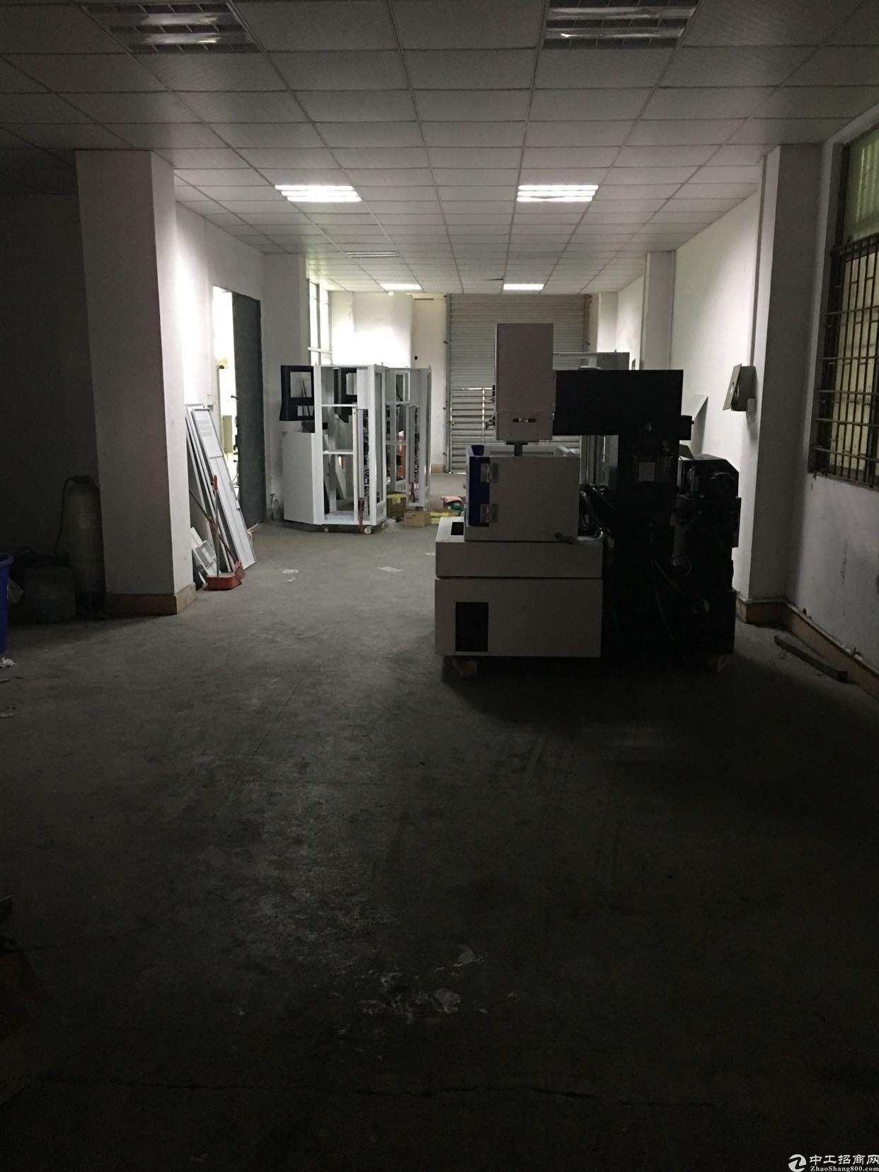 大岭山颜屋带装修厂房