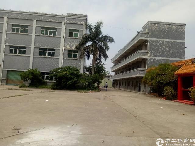 公明圳美原房东独院厂房两栋共8000平