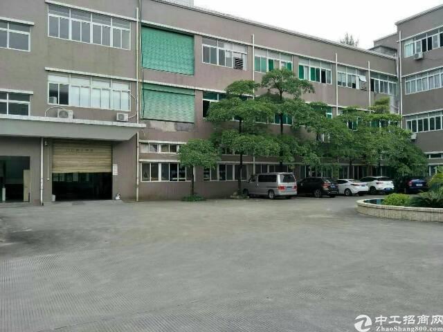 (原房东带消防喷淋)松岗塘下涌新出楼上厂房2000平