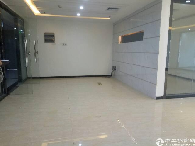 福永立新湖景精装写字楼出租189平方