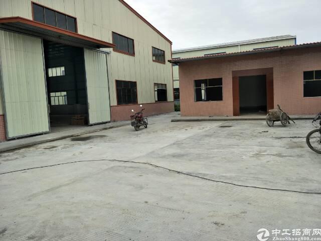 东莞中部工业区3000平米铁皮房出售