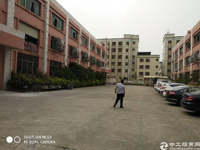 寮步汽车城附近一楼2200平方厂房出租