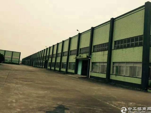 大亚湾8米高10000平钢构仓库(可分租)