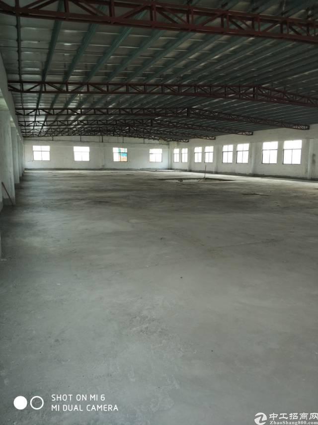高埗镇高龙路空出砖墙到顶单一层厂房