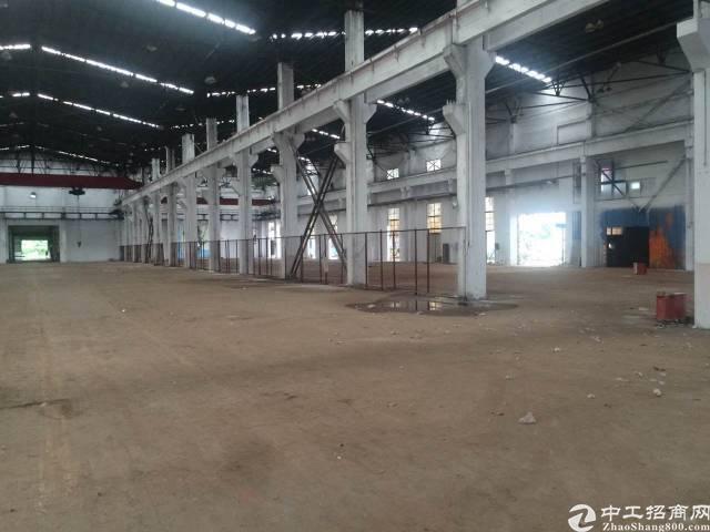 福永宝安大道机场附近 3000平米仓库出租,空地大,交通方便