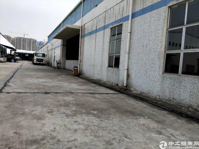 企石镇原房东分租单一层带现成行车厂房2800平方