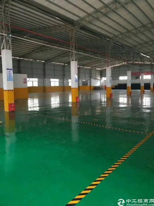 福永宝安大道机场附近 8000平米仓库出租,空地大,交通方便