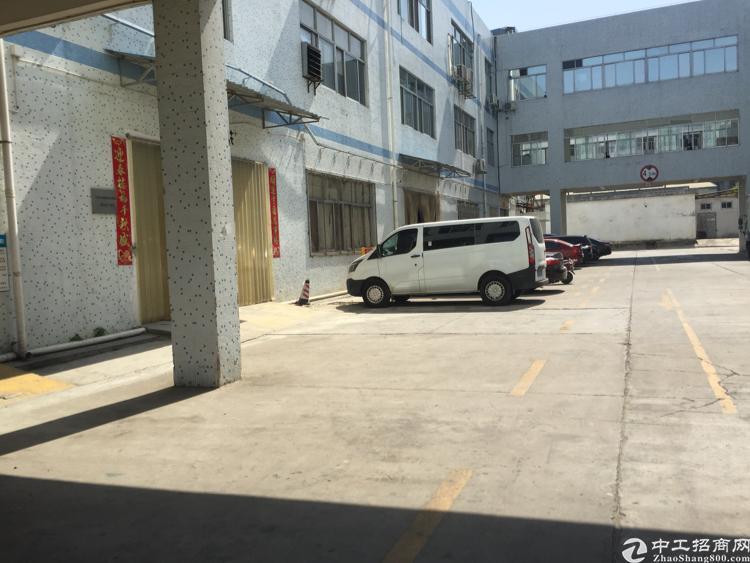 福永桥头一楼2600平标准厂房出租