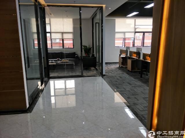 西乡豪华装修写字楼88_500平米低价出租