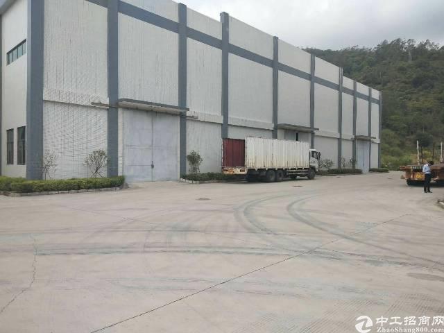 龙岗区滴水10米钢构厂房3000平独院空地大