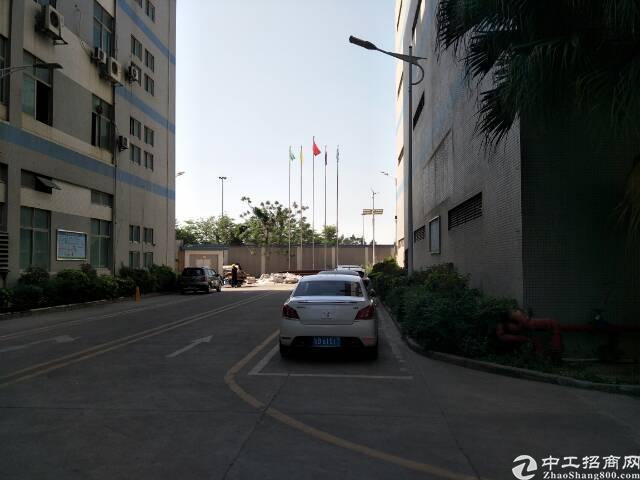 福永高速附近原房东厂房楼上1500平米出租