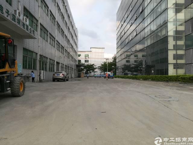 西乡宝田花园式厂房3600平米整层出租
