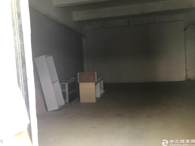 坪山小面积厂房出租一楼300平 无公摊