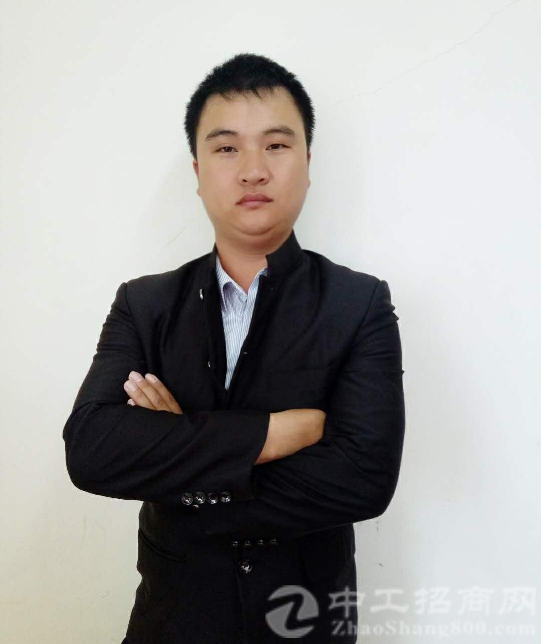厂房经纪人陈海东