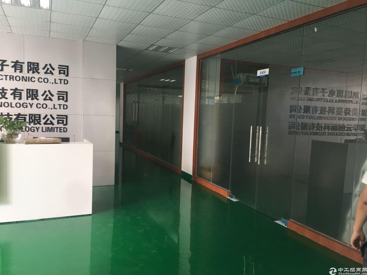 福永凤凰新出独门独院8000平方厂房出租。