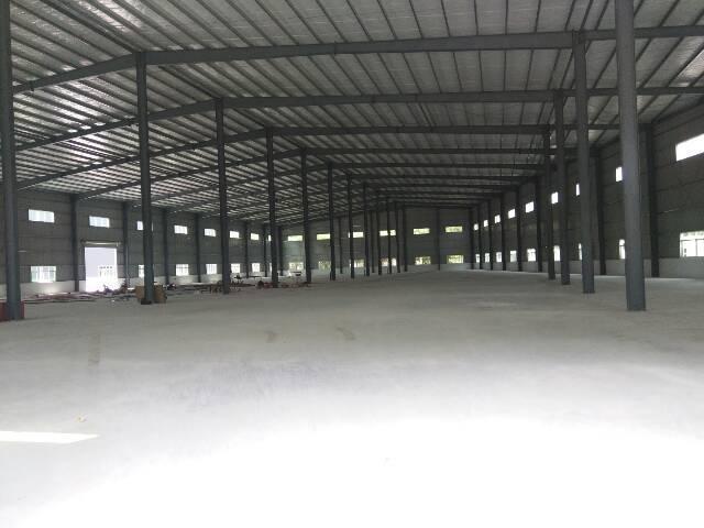 科苑城全新钢构临近高速出口