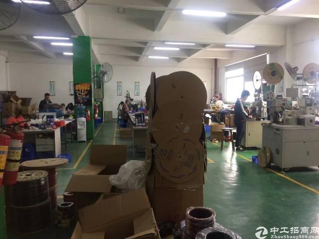 福永新和楼上2000平带装修厂房出租