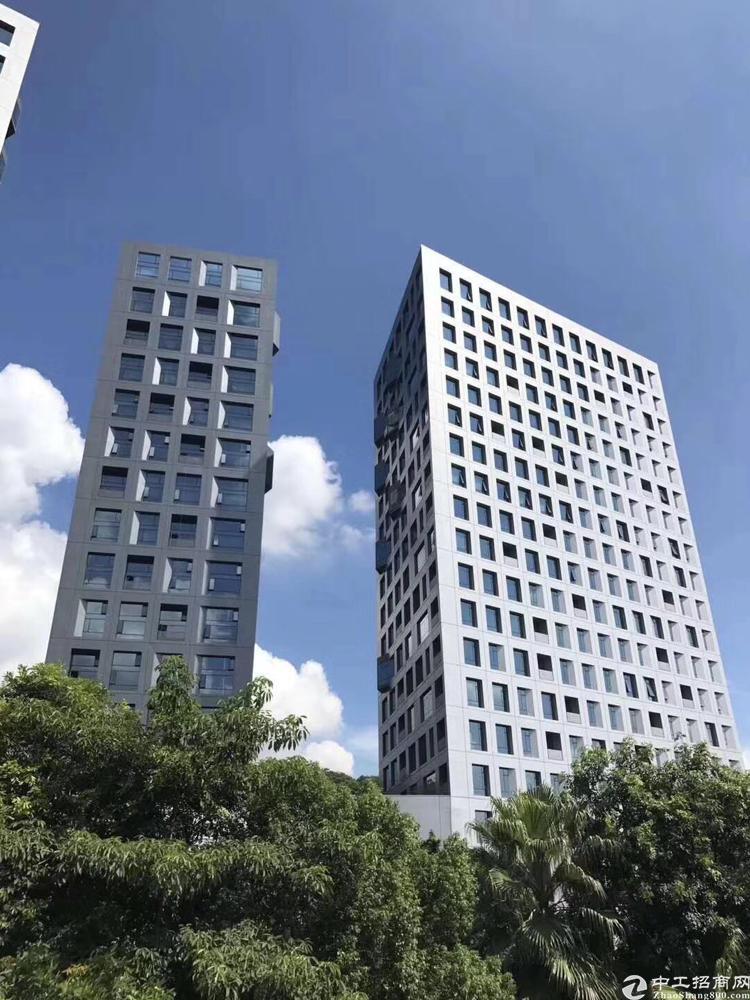 宝安中心地铁口全海景甲级写字楼690平米可定制