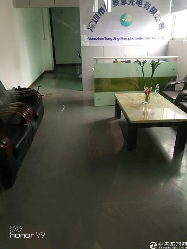 福永和平新出楼上800平米厂房出租
