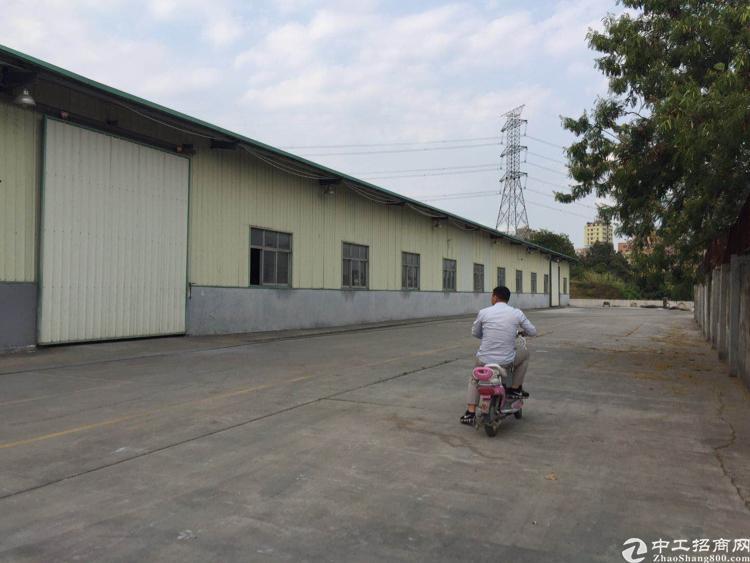 观澜原房东钢构厂房4700平8米高钢构招租