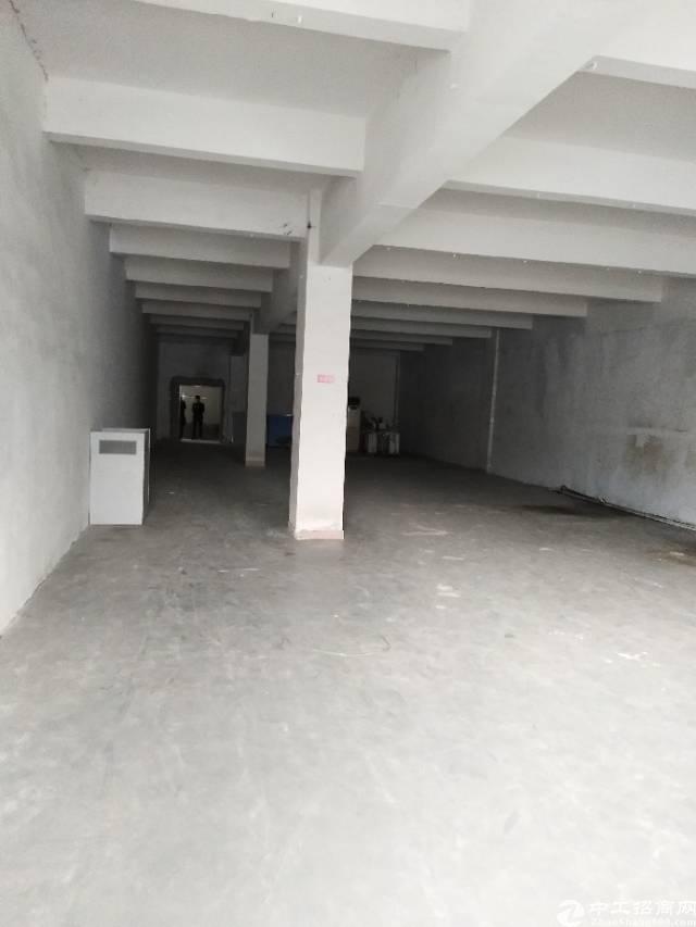 横岗大康大工业区三楼500平出租,价格优惠