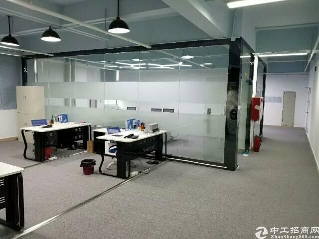 观澜章阁工业园3楼1500平方精装修无需转让费