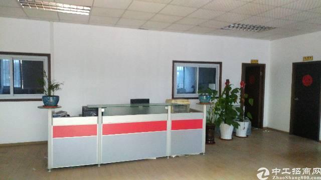 松岗燕川新出楼上带办公室厂房850平方面积实在厂房出租